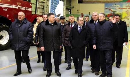 Посол России в Беларуси Михаил Бабич посетил «Гомсельмаш»