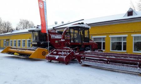 «Брянсксельмаш» представил сельхозтехнику на областном агротехническом форуме в Ульяновске