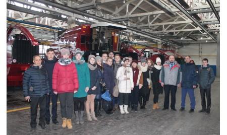 Старшеклассники гимназии №1 побывали с экскурсией на предприятии  «Брянсксельмаш»